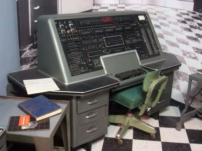 univac 1108 3rd Generation Computer